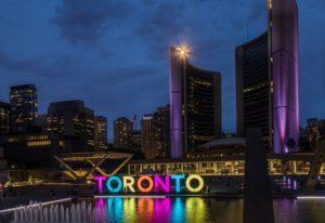 Plaza en el downtown de Toronto